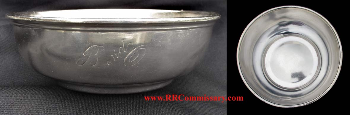 ' ' from the web at 'http://www.rrcommissary.com/BOsilv5bowl8128.jpg'